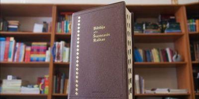 lietuviška Biblija