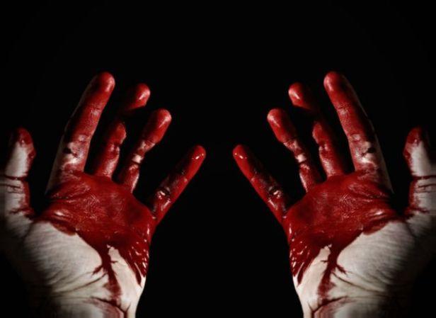 kruvinos rankos