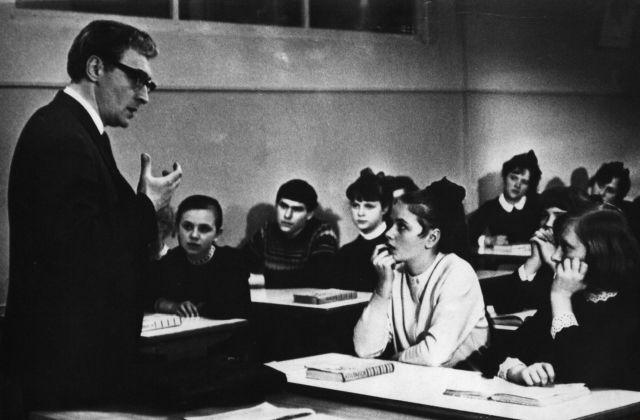 sovietų mokytojas